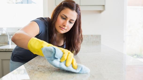 Saubere Küche – Wie Sie die Arbeitsplatte reinigen
